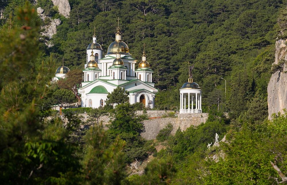 Yalta_hram_Mihaila